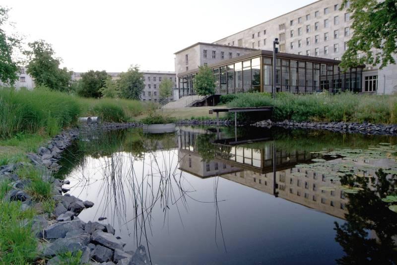 Detlev-Rohwedder-Haus/Bundesfinanzministerium