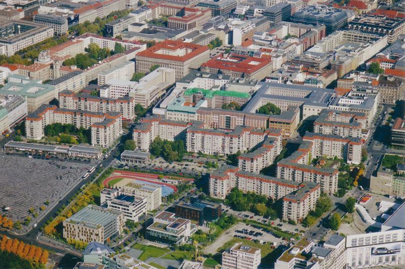 DDR-Plattenbauten Luftansicht