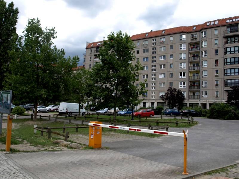 Parkplatz am Ort des ehemaligen Führerbunkers