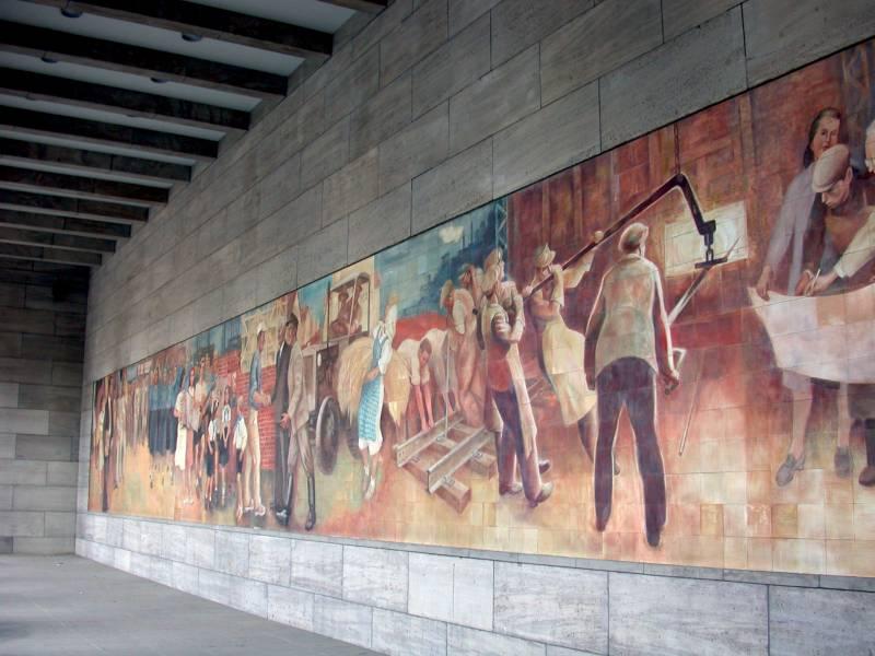 "Wandbild von Max Linger ""Aufbau der Republik"""