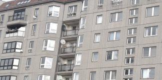 Fassade Plattenbauten an der Wilhelmstraße