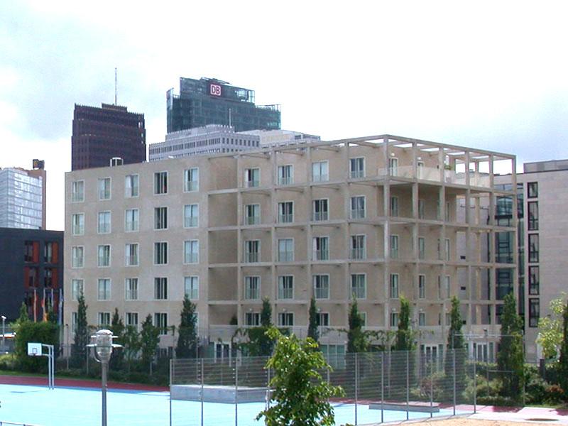 Gebäuderückseite der Landesvertretung des Saarlandes