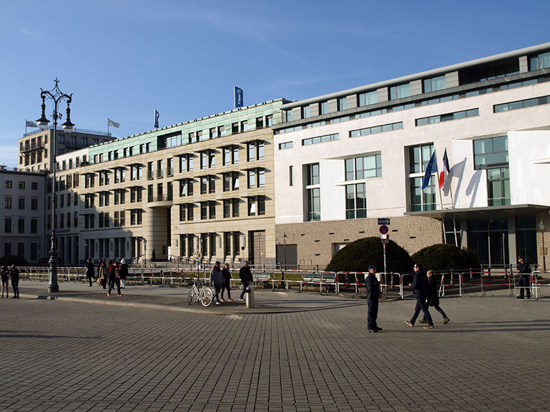 Französische Botschaft am Pariser Platz 5