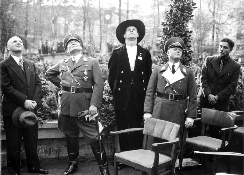 Berlin, Reichsluftfahrtministerium, Richtfest