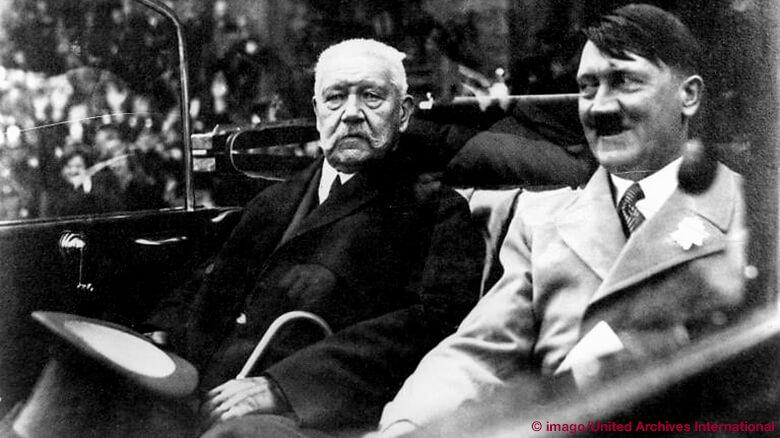 Hitler fährt mit Hindenburg durch Berlin, 1933