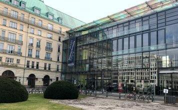 Akademie der Künste am Pariser Platz