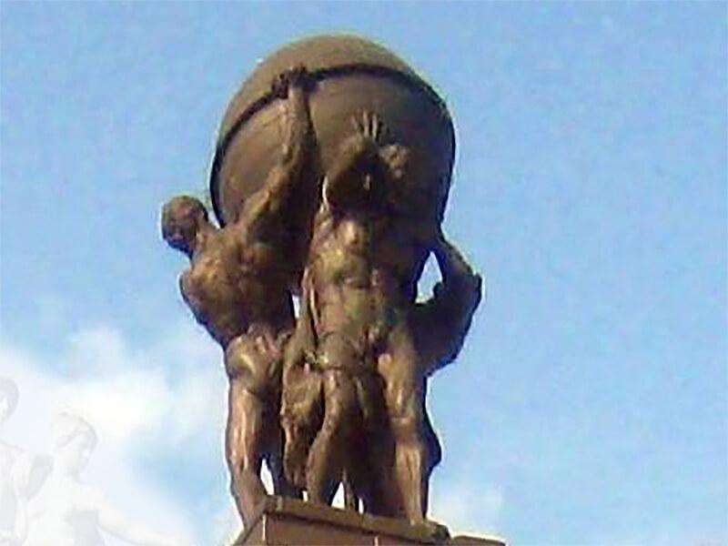 Figurengruppe der Giganten von Ernst Wenck