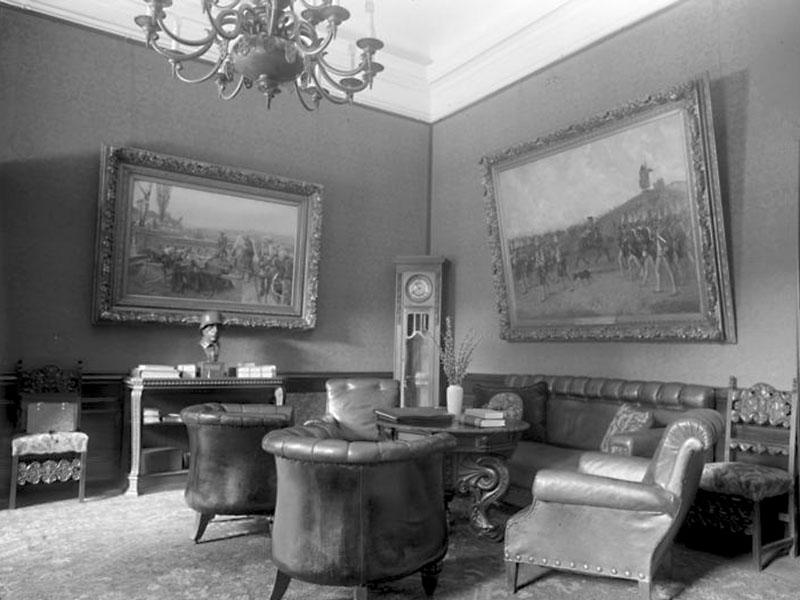 Eine Plauderecke im Arbeitszimmer des Reichspräsidenten, 1932
