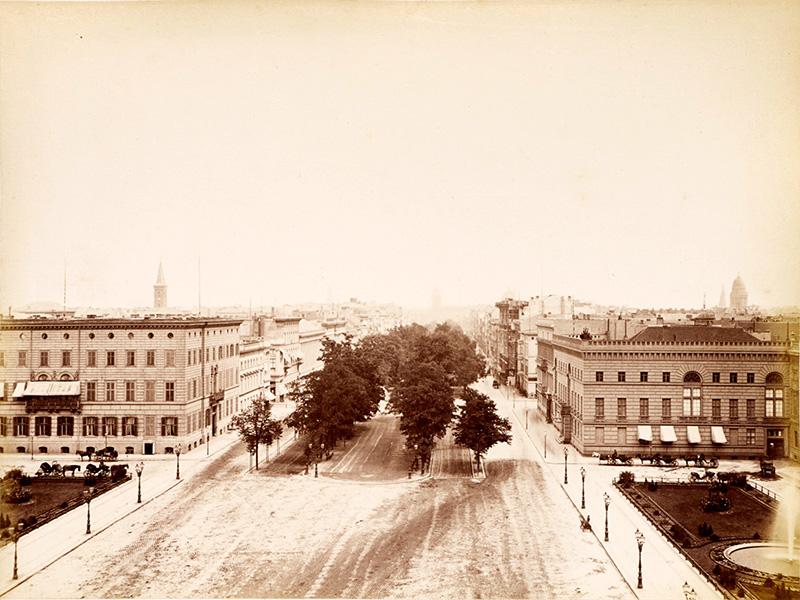 Pariser Platz, Berlin, um 1885