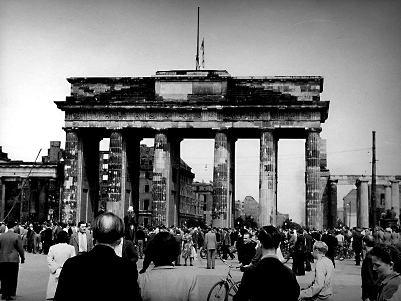 Brandenburger Tor am 17.06.1953